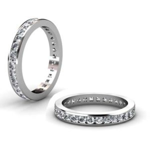Channel set Carre cut diamond ring 1 3