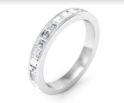 Channel set Carre cut diamond ring 4