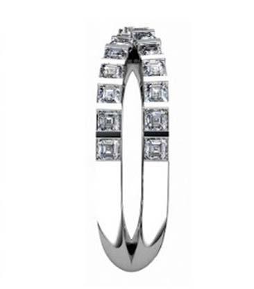 Cross over carre cut diamond ring 5