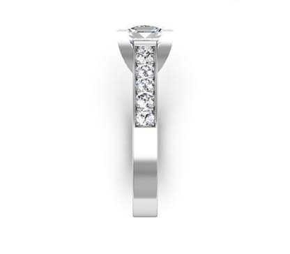Princess Cut Diamond Engagement Ring with V Shape Basket 5 2 2