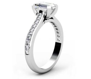 Radiant Cut Diamond Engagement Ring with Flat Prongs 4 2